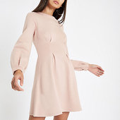 River Island Robe Pull Rose à Manches Longues